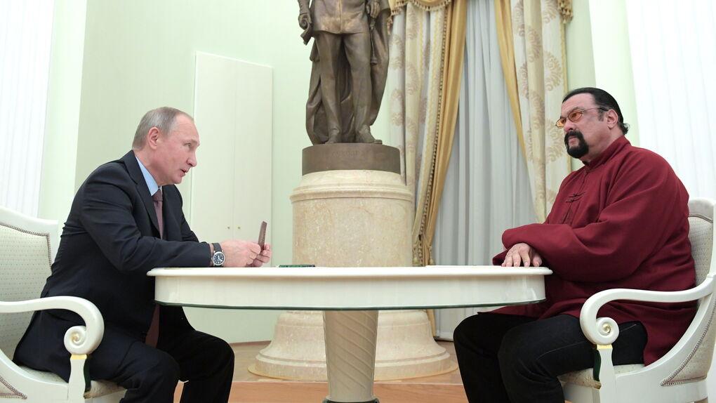 Steven Seagal, nuevo embajador ruso para las relaciones con EEUU