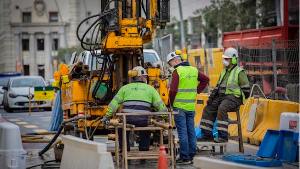 La obra pública acumula un desplome anual del 39% pese a reactivarse en mayo