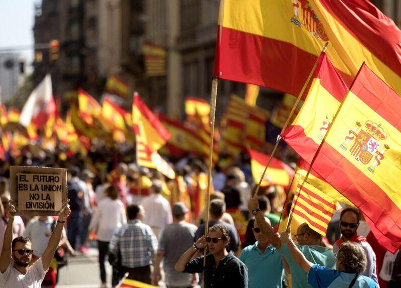 El constitucionalismo catalán activa su 'diplomacia' para reunirse con embajadores
