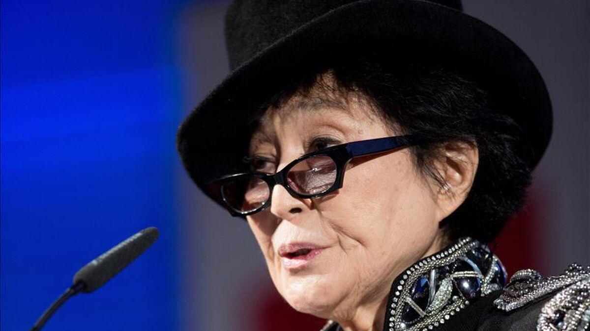 Yoko Ono, Dilma Rousseff y cinco premios Nobel piden la amnistía para los presos del 'procés'