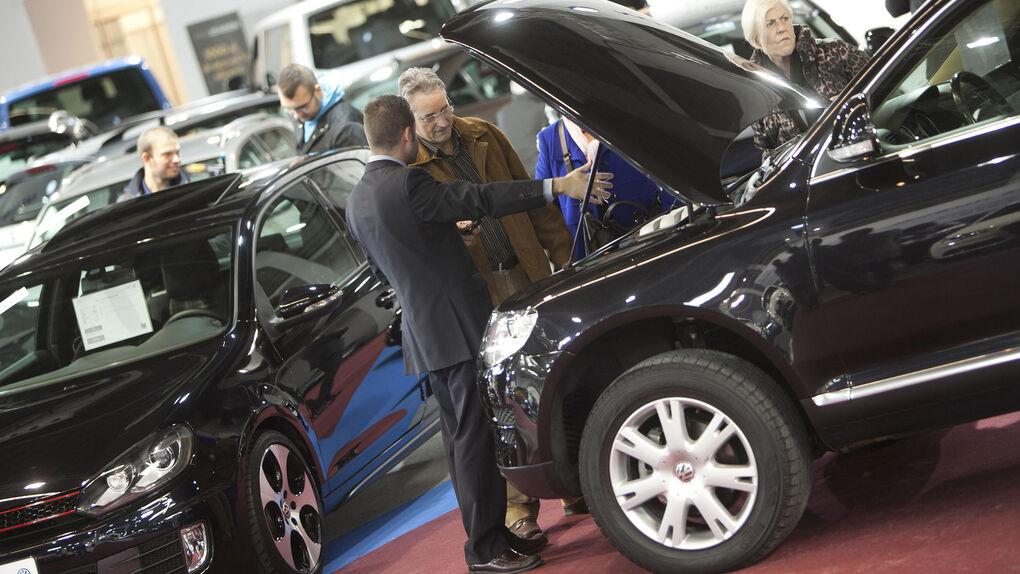 Las ayudas del Gobierno a los coches diésel y gasolina no superan los 1.000 euros