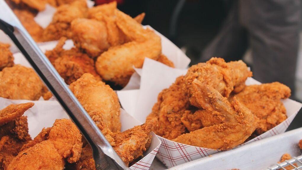 """La cadena de comida rápida Kentucky Fried Chicken prueba con el """"pollo de origen vegetal"""""""