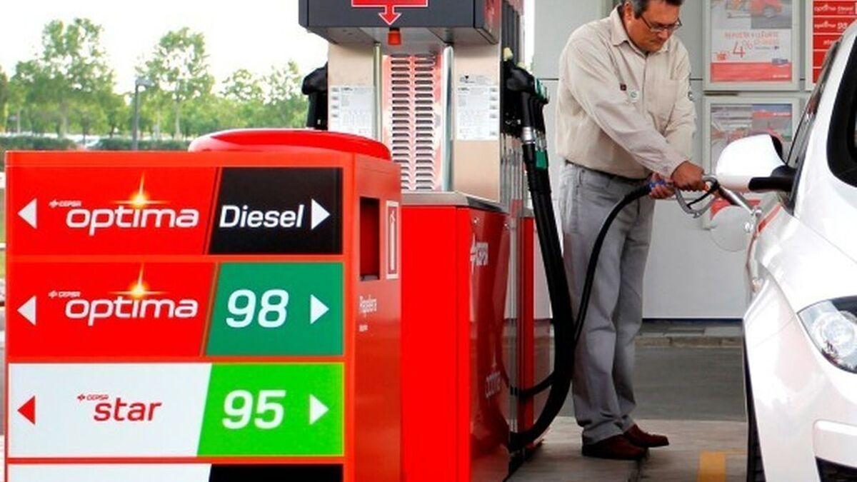 Casi siete de cada diez coches seguirán siendo de combustión en 2030