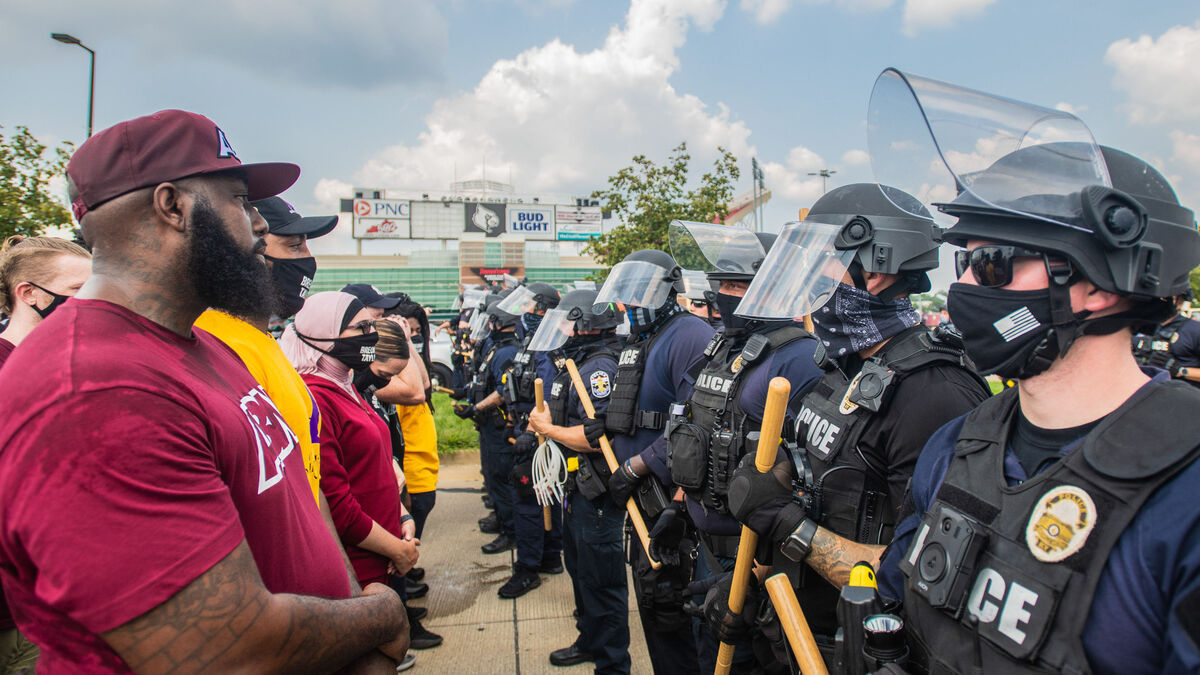 Al menos 64 detenidos en Louisville (EEUU) durante las protestas por el asesinato de Breonna Taylor