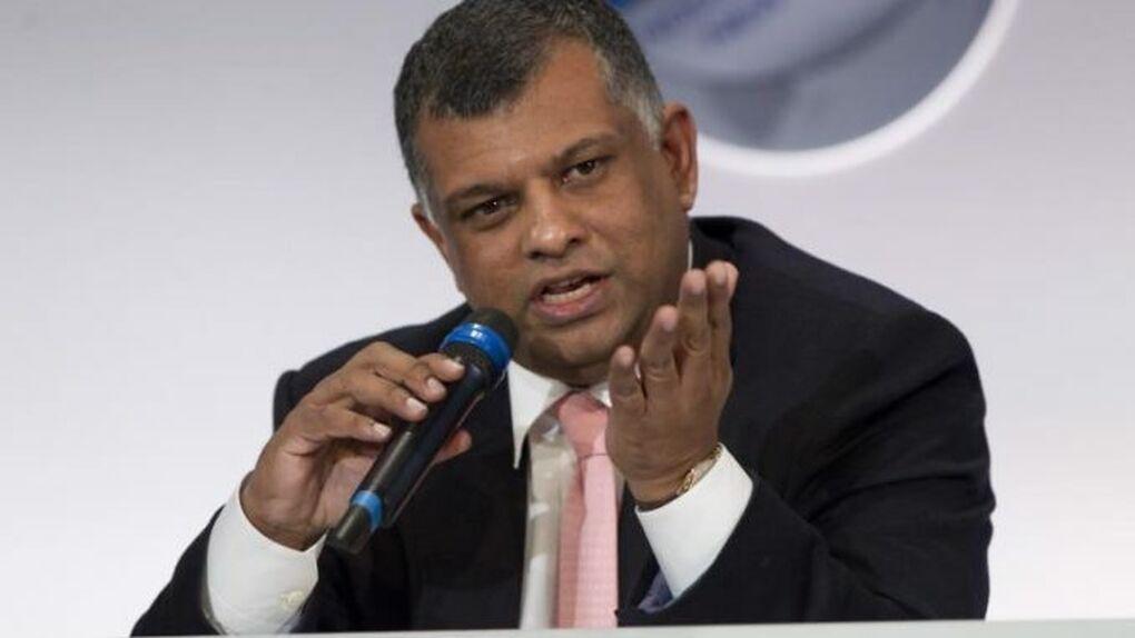 El dueño de AirAsia deja su cargo por la investigación de sobornos de Airbus