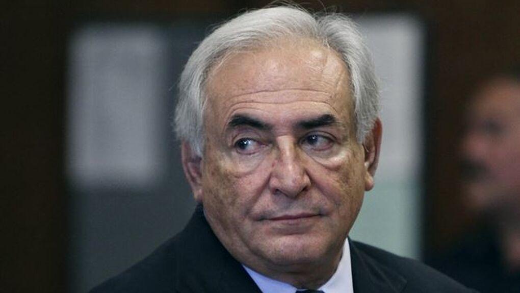 """Strauss-Kahn arremete contra las """"espantosas"""" condiciones del tercer rescate a Grecia"""