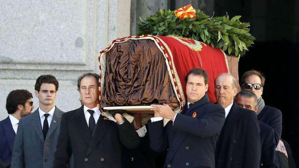 La exhumación de Franco costó 126.000 euros y otros 34.000 emitirla por RTVE