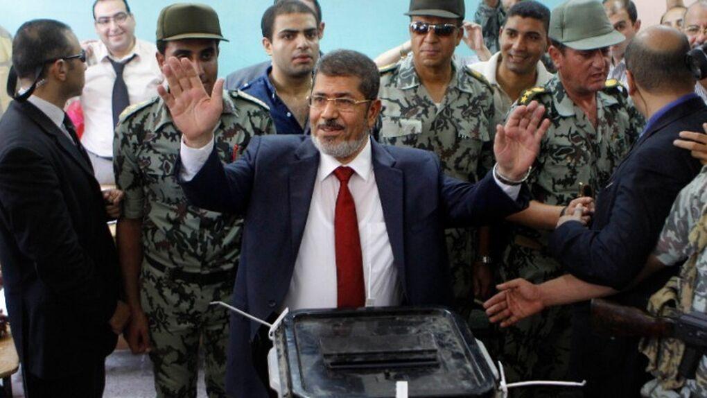 Muere el expresidente de Egipto Mohamed Mursi tras comparecer ante un tribunal