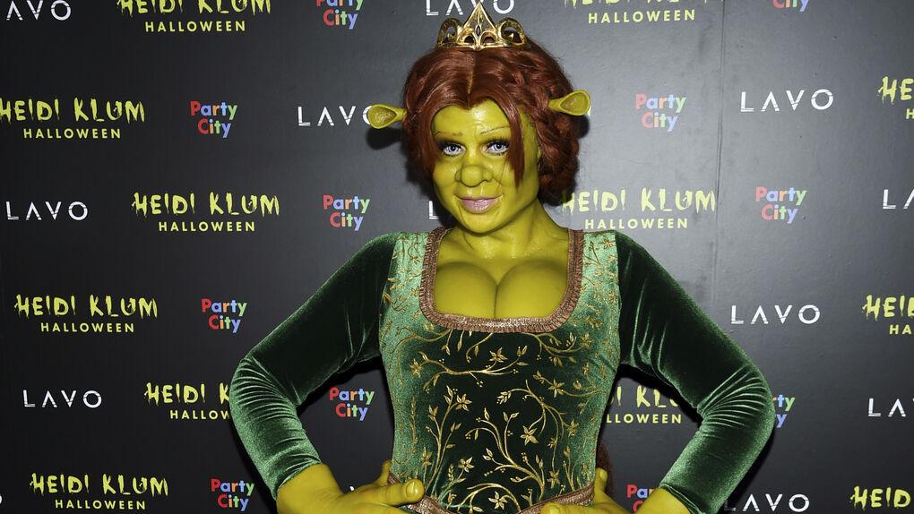 ¿Qué pareja de famosos se esconde detrás del disfraz de Fiona y Shrek?