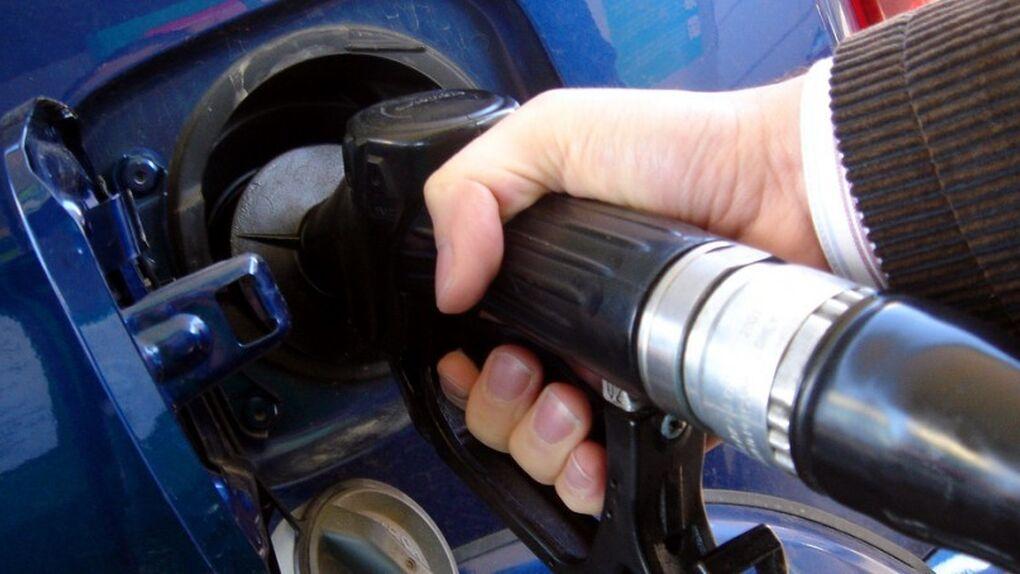 La gasolina alcanza su mayor precio del año coincidiendo con el inicio de las vacaciones