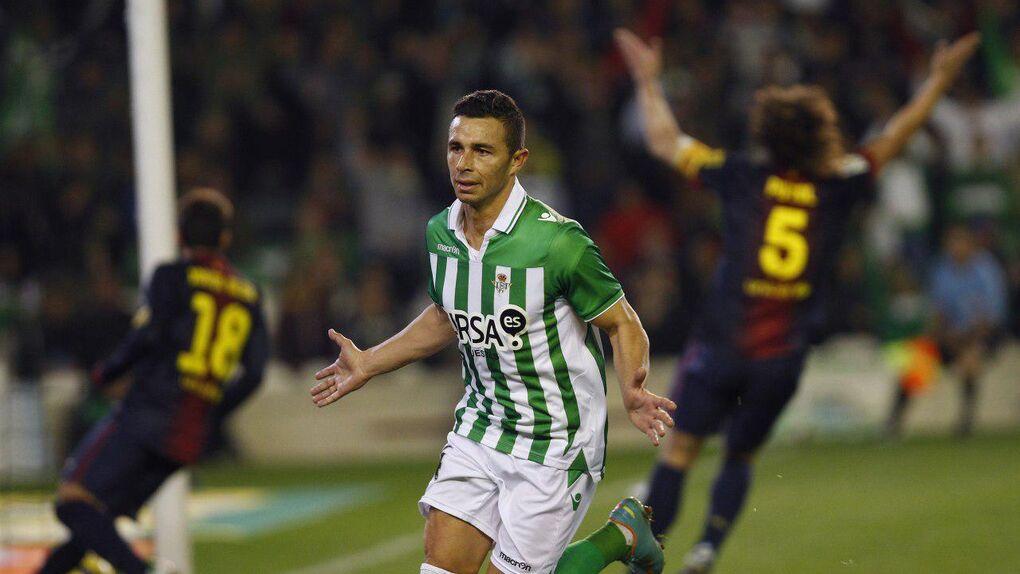 La Fiscalía pide un nuevo juicio contra el jugador del Betis Rubén Castro por malos tratos