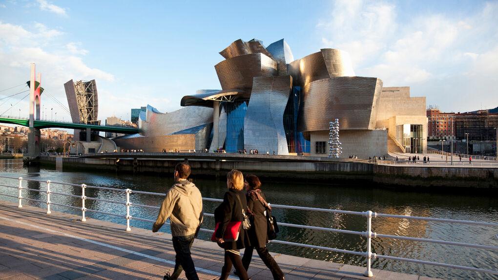 Cuando los milagros en España tenían forma de edificios