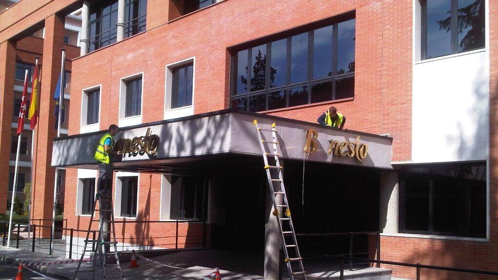 García Candelas 'toma' la sede de Banesto mientras Botín decide si la vende