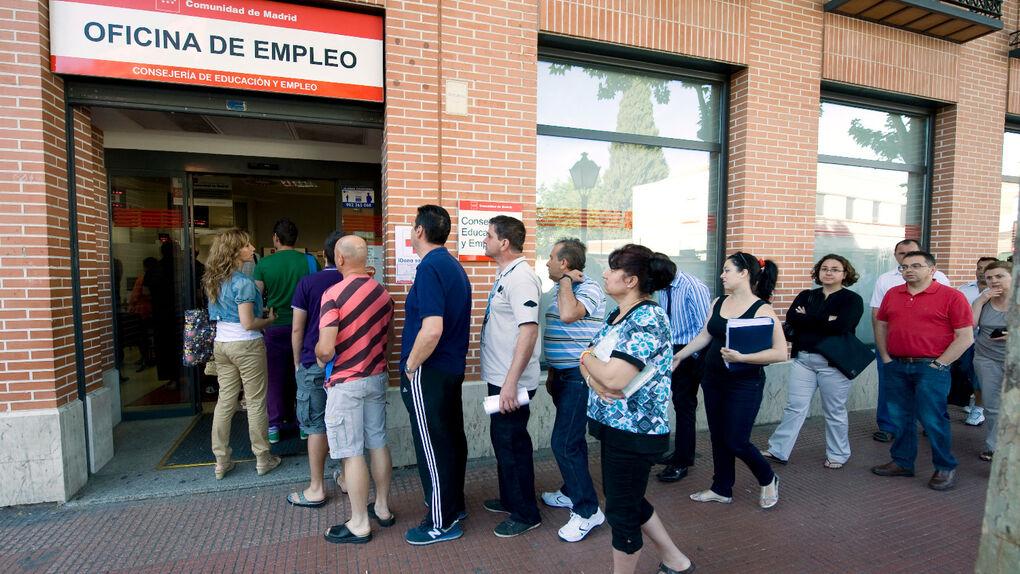 Extremadura, única comunidad autónoma con menos paro que hace un año