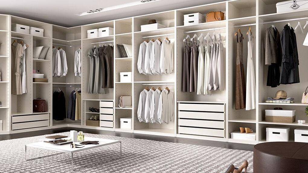 Cómo ordenar tu armario mejor que Marie Kondo: diez pasos y trucos sencillos