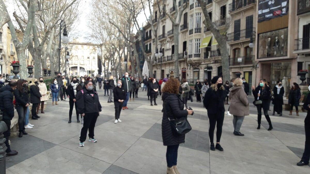 El sector de la peluquería se concentra en Palma a pesar de la prohibición de Delegación del Gobierno