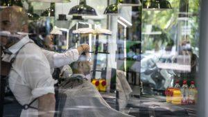 La presidenta del Senado anula, a instancias del Gobierno, la rebaja del IVA de las peluquerías