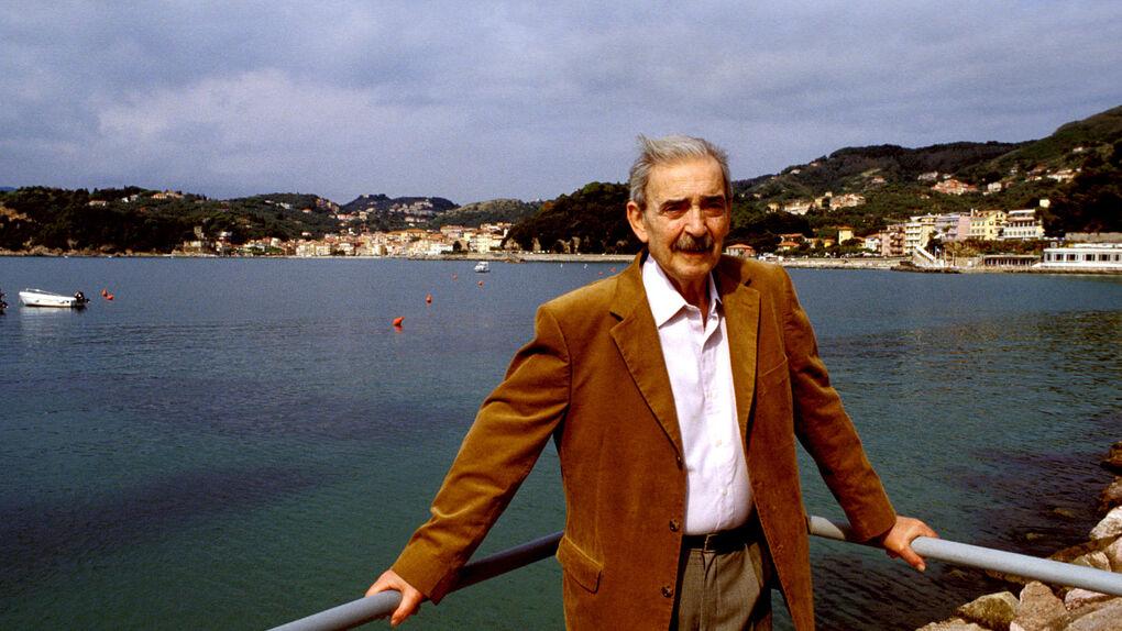 Juan Gelman murió como habitante de la patria más firme: el lenguaje
