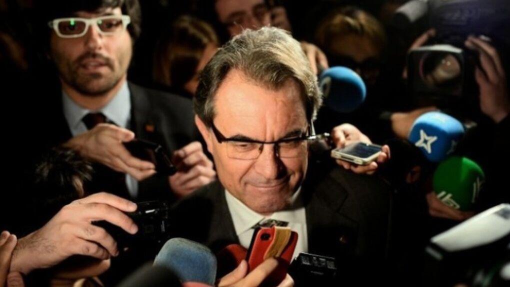 Querella contra el CAC de Artur Mas: una empresa acusa de prevaricación continuada a todos sus miembros