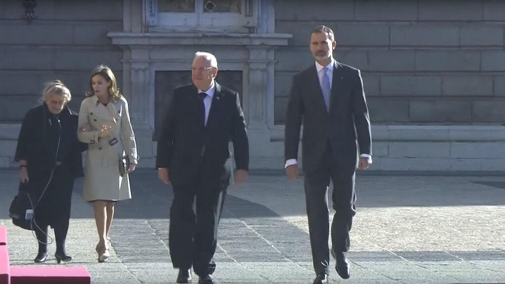 Rajoy, Soraya, Cifuentes, Carmena, Gallardón o Botín, invitados del rey en la cena con el presidente israelí