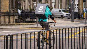 Deliveroo anuncia su salida a Bolsa tras registrar pérdidas