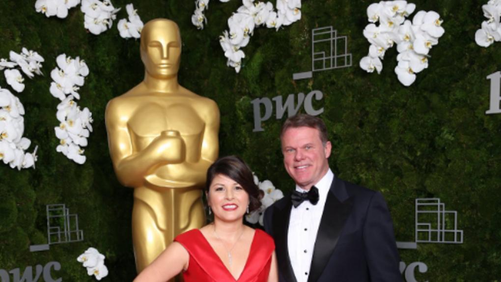 Los dos responsables de PwC detrás del error de los Oscar salen de las bambalinas
