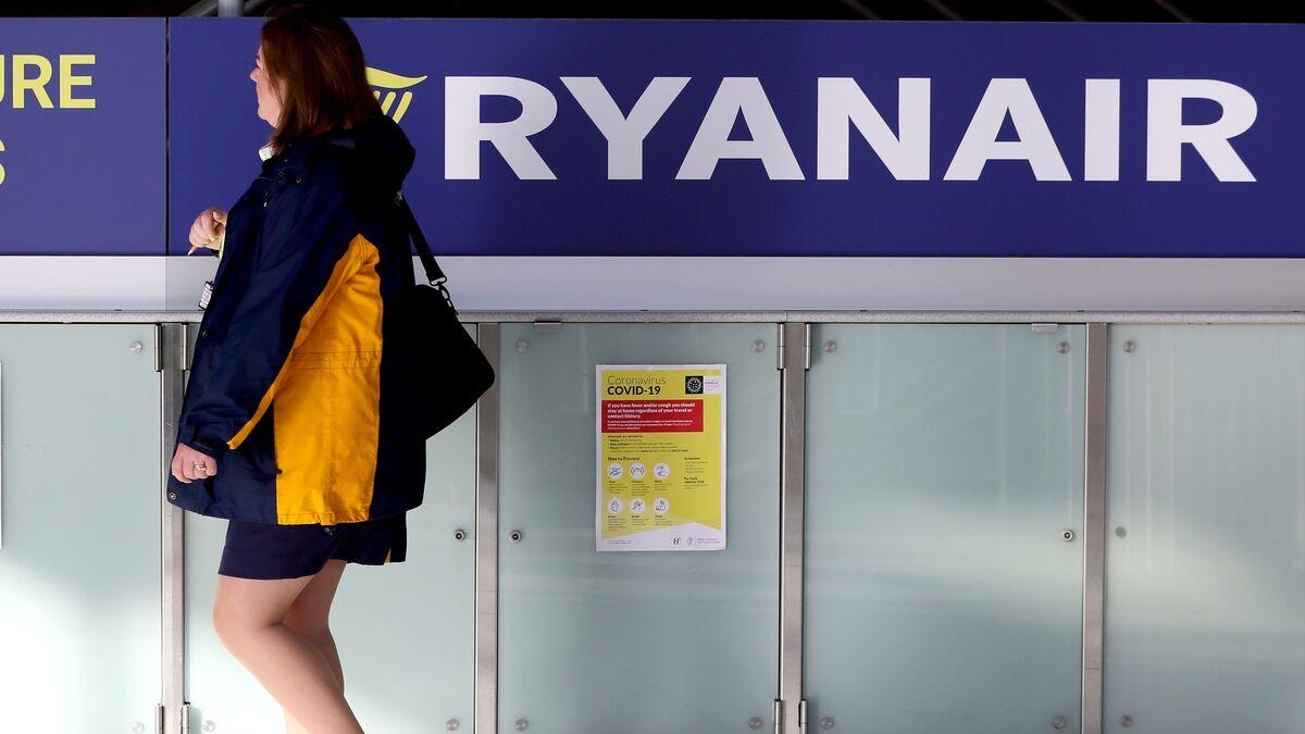 Trabajo deniega a Ryanair dos nuevos ERTE al no quedar constatada la causa de fuerza mayor