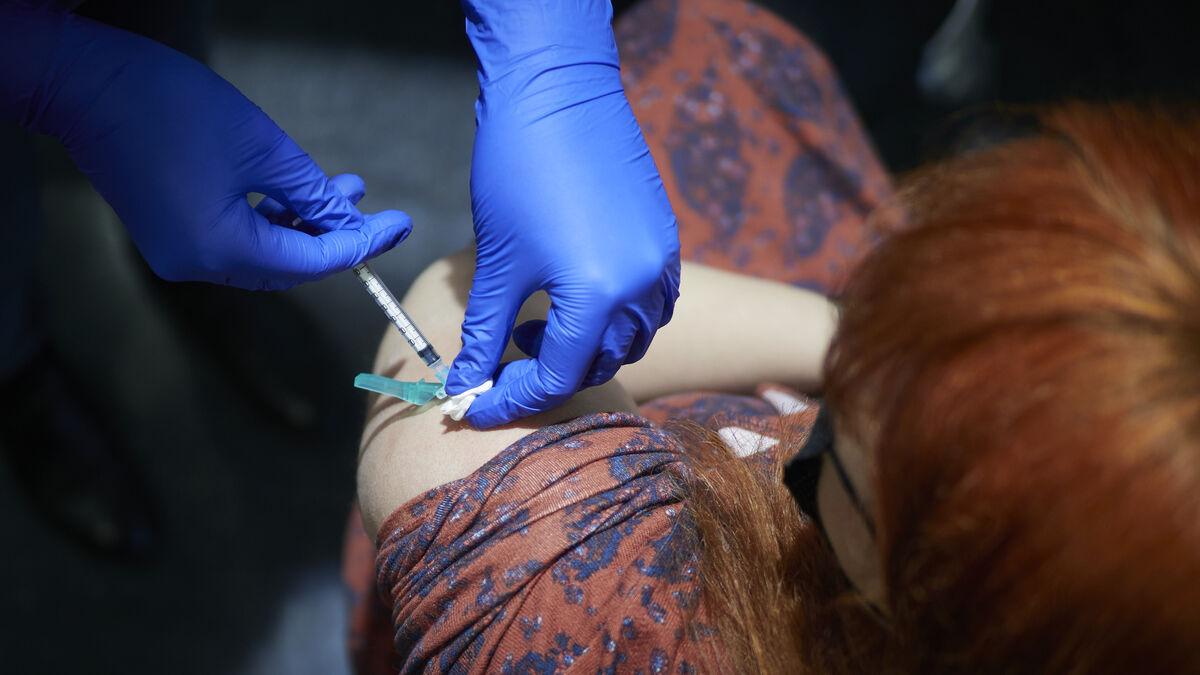 España terminará la vacunación de la covid en septiembre de 2023 al ritmo actual