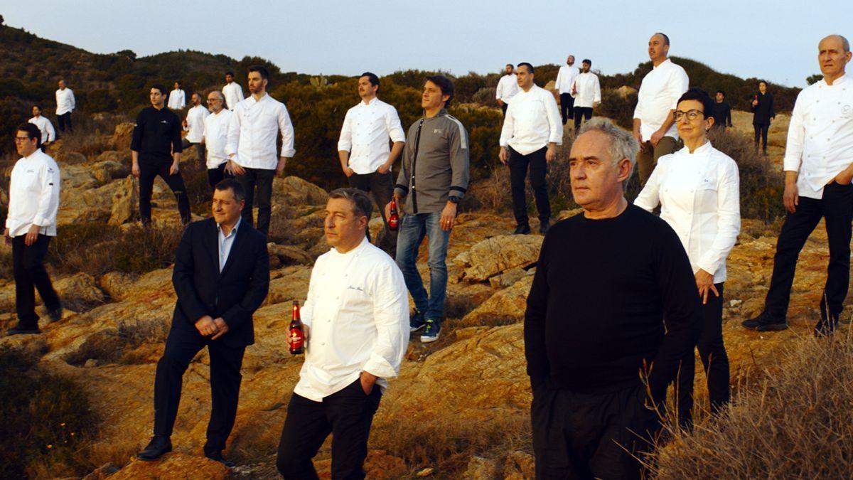 Los chefs protagonizan la última campaña de Estrella Damm en el año más complicado