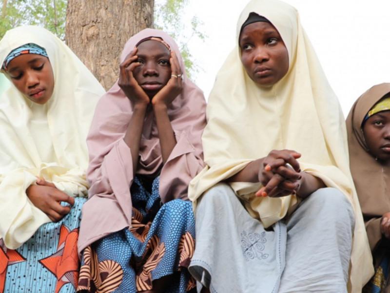 Las autoridades anuncian la liberación de las casi 300 niñas secuestradas en Nigeria
