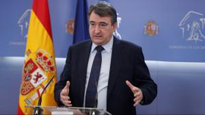 El PNV insta a Sánchez a tramitar la ley de los fondos UE para aclarar el caso Plus UltrEl PNV insta a Sánchez a tramitar la ley de los fondos UE para aclarar el caso Plus Ultra