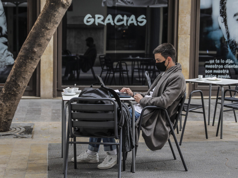 La hostelería exige recibir el 35% de los 11.000 millones de Sánchez