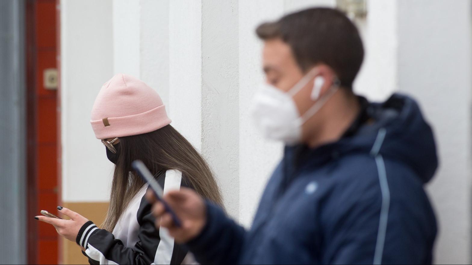 La pandemia dispara el pesimismo entre los jóvenes: un 82% se iría de España por trabajo