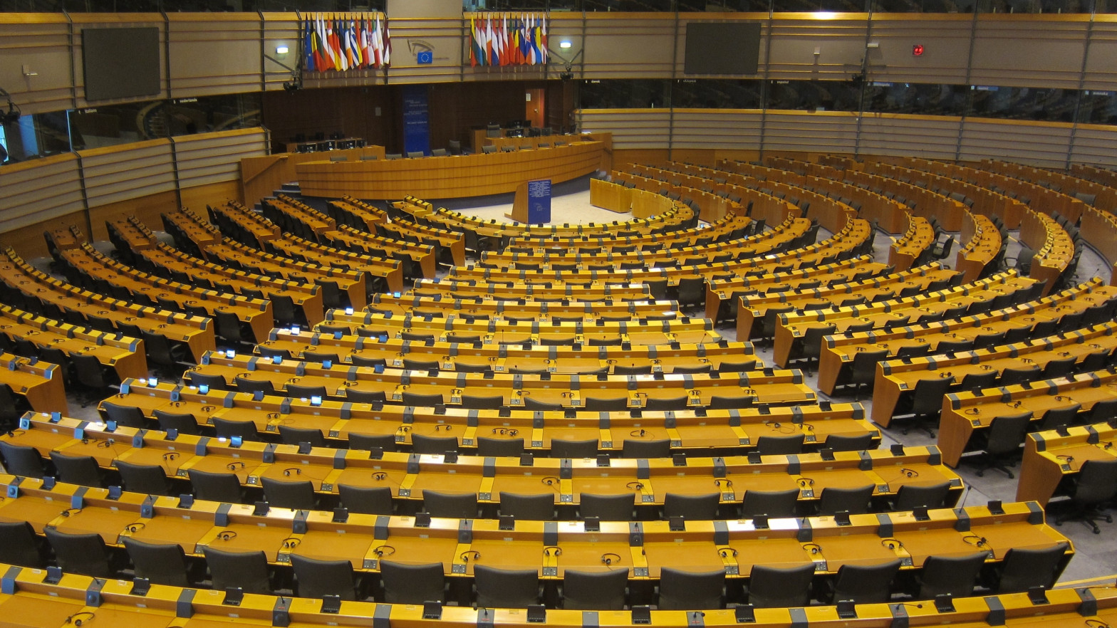 Eurodiputados expresan su preocupación por la politización del 5G