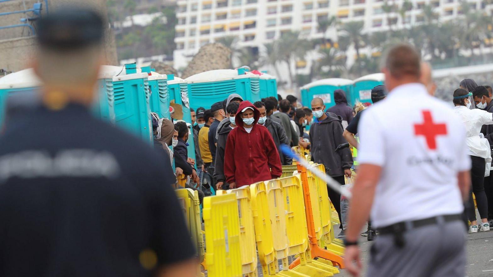 El Defensor del Pueblo pide estudiantes marroquíes para limitar la inmigración ilegal
