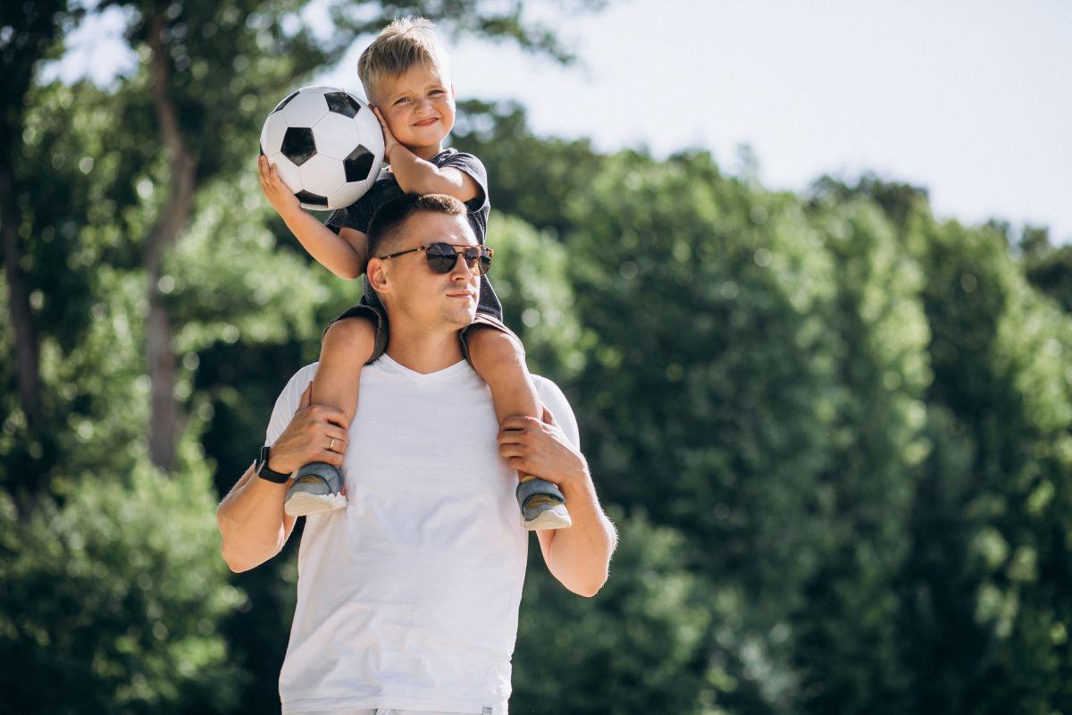 Los padres más futboleros también tienen regalos para el Día del Padre