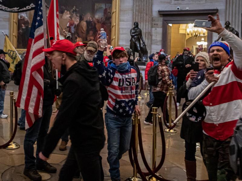"""La Policía revela un """"posible complot"""" para asaltar el Capitolio este jueves"""
