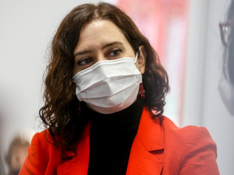 Madrid pedirá al Gobierno suministrar la vacuna Astrazeneca a mayores de 65
