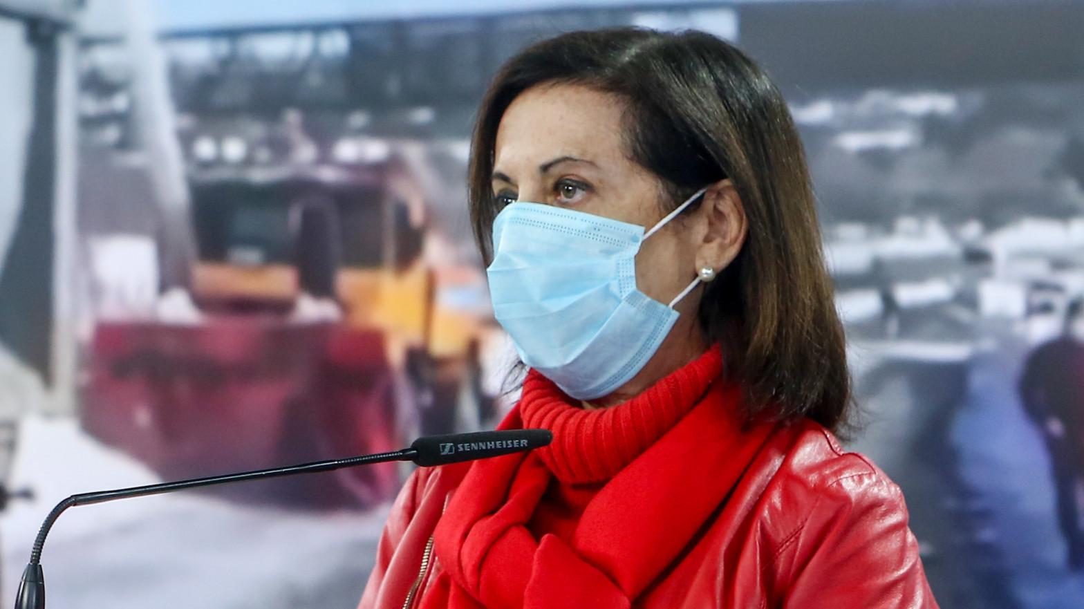 Defensa firma un convenio con una fundación cuyo patronato preside el rector de la Universidad de Barcelona al que apoyó la ANC