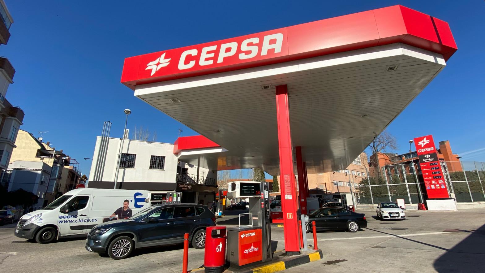 Cepsa pierde 919 millones de euros en 2020
