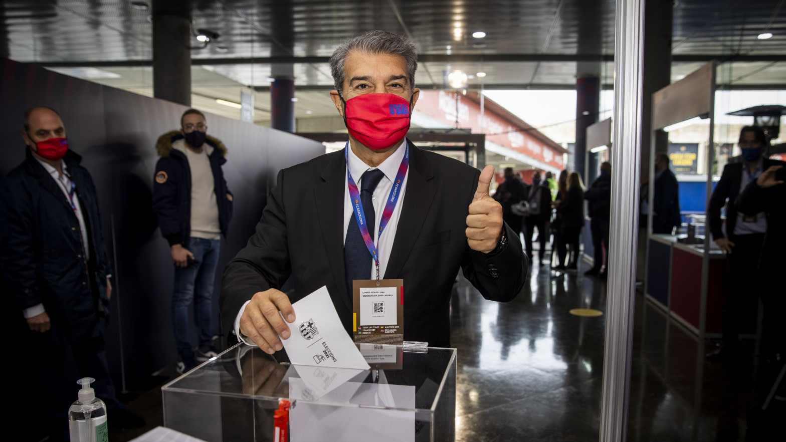 Joan Laporta vuelve a ser presidente del FC Barcelona tras arrasar en las elecciones