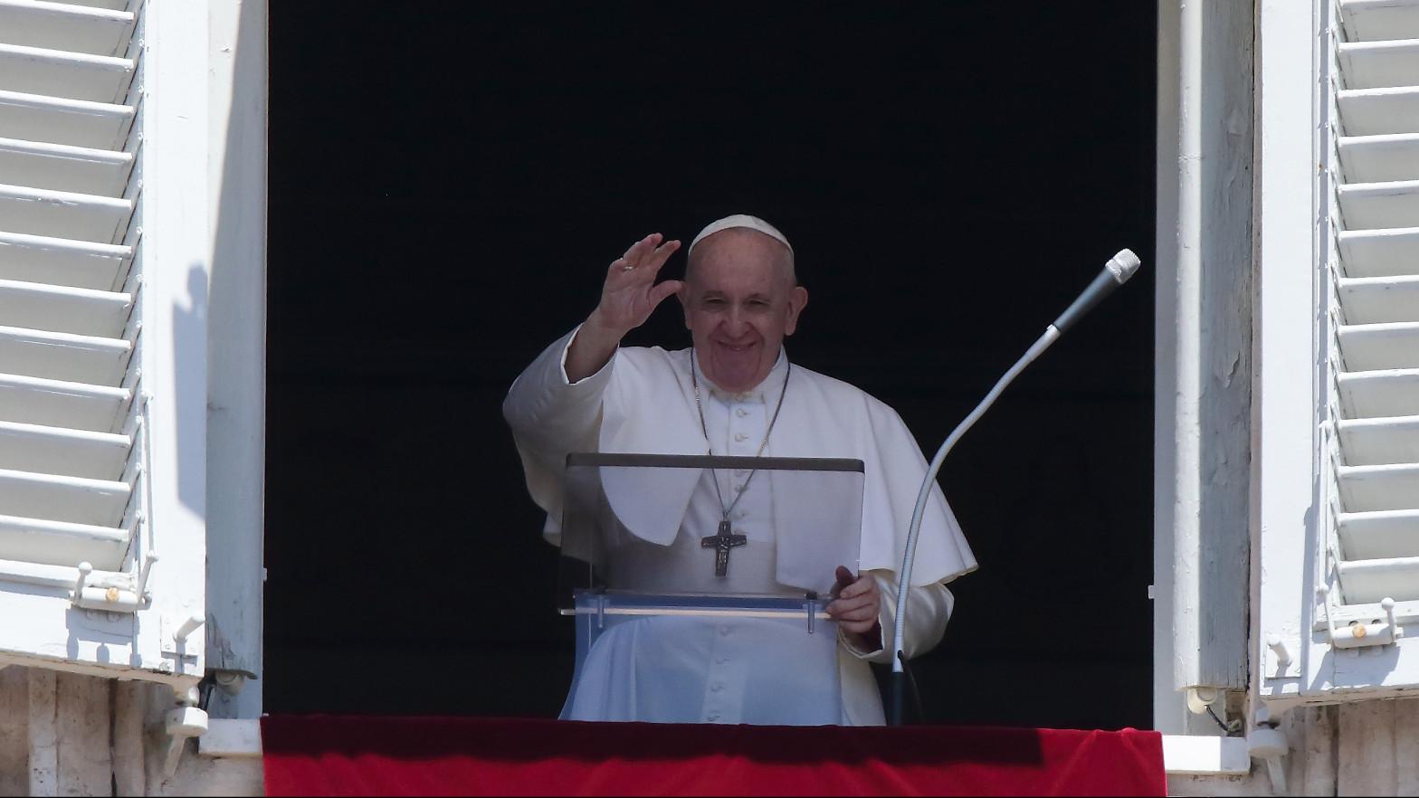 El Papa Francisco durante oración del Ángelus.