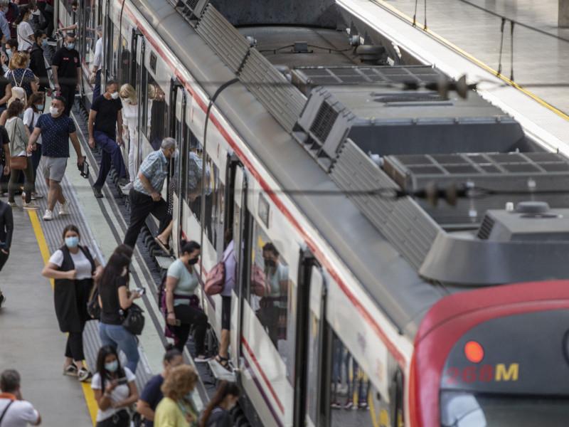 Renfe aprueba la adjudicación a Alstom y Stadler del megacontrato de Cercanías por 2.445 millones de euros