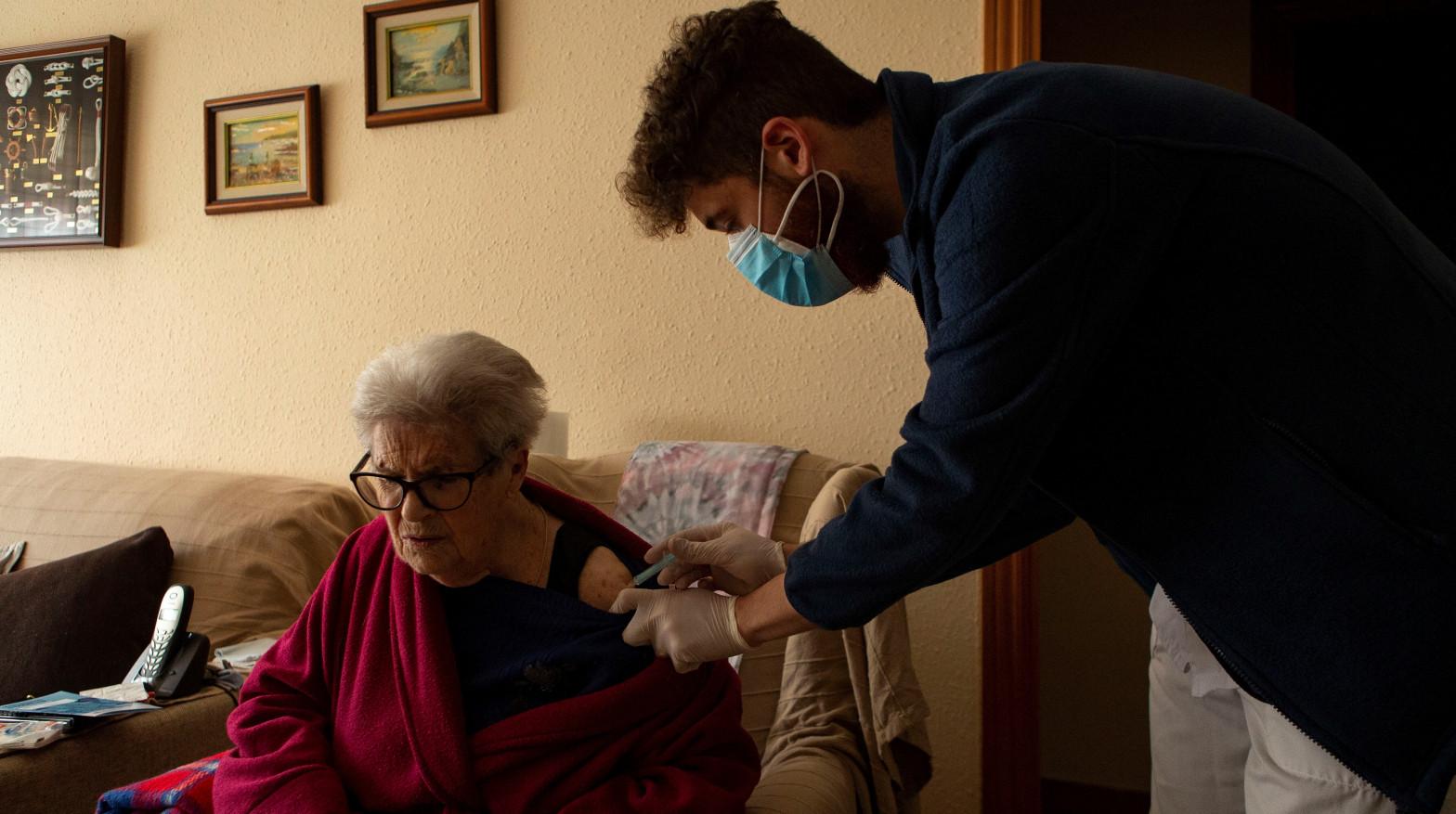vacunacion contra la covid domicilio cataluña
