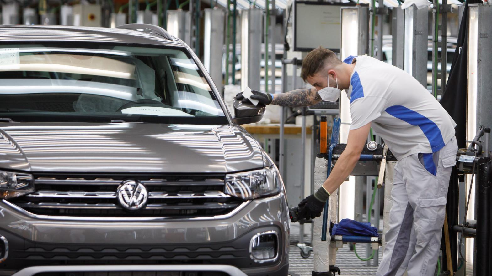 Volkswagen interrumpe la producción de los modelos SUV en Eslovaquia por falta de chips