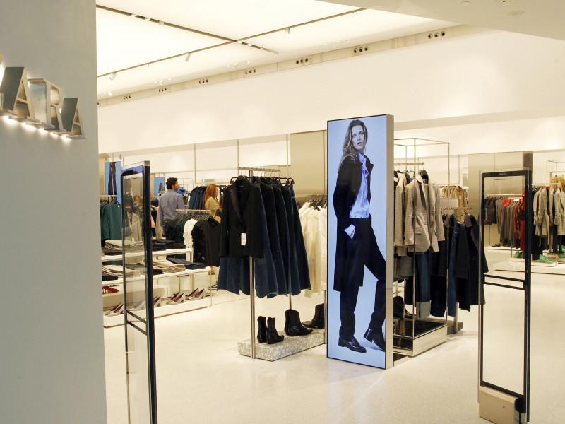 Inditex ganó 1.106 millones en 2020, un 70% menos, y dispara sus ventas 'online' un 77%