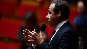 Detenido el líder de un partido centrista francés por posesión de armas