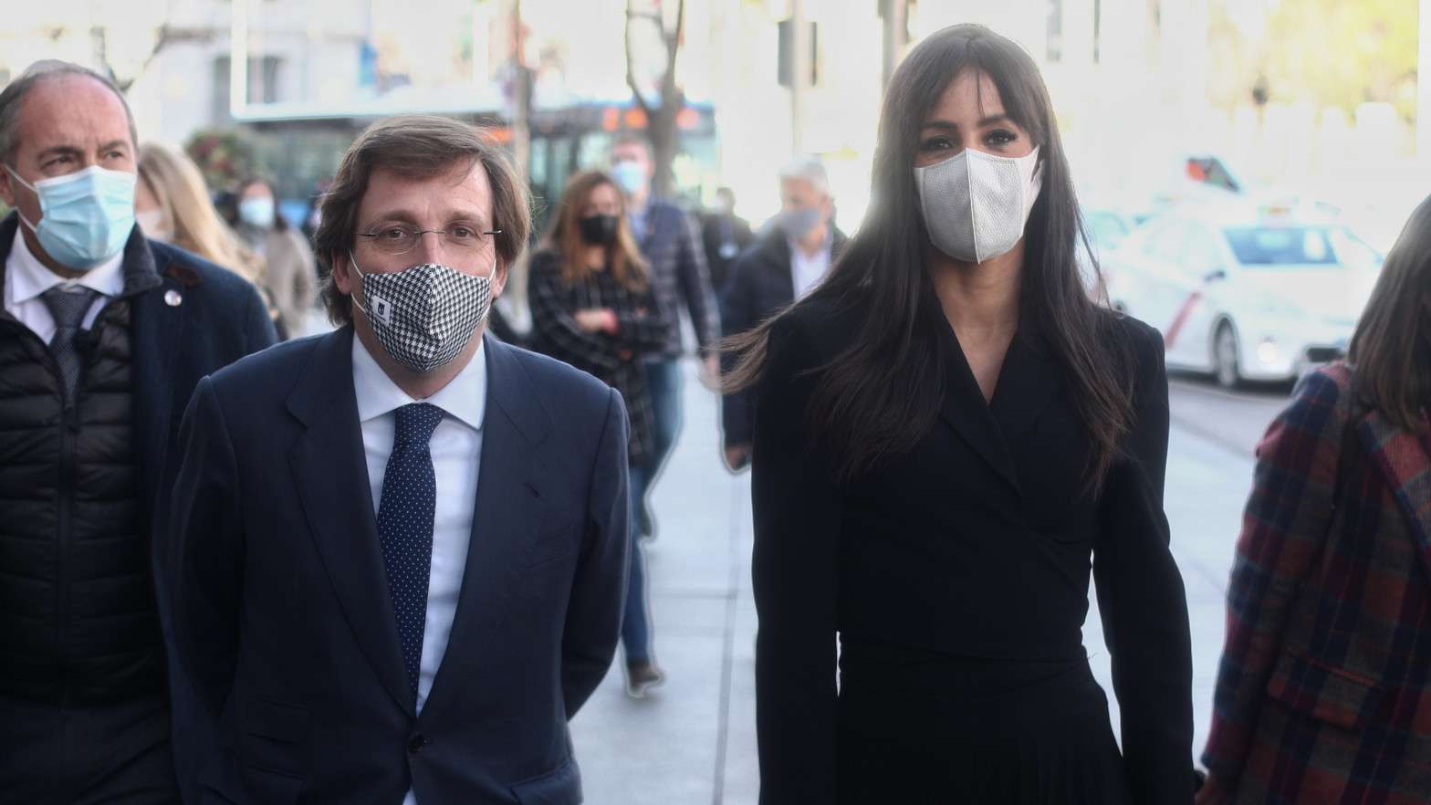 Almeida y Villacís triplican la ejecución de Carmena en ayudas a las pymes
