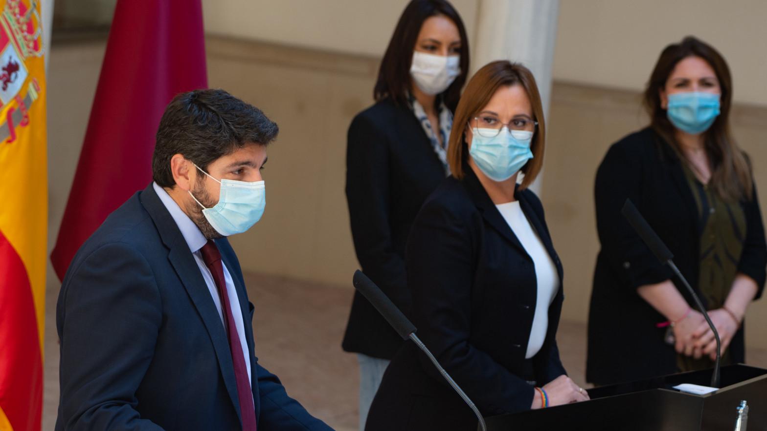 Fernando López Miras e Isabel Franco