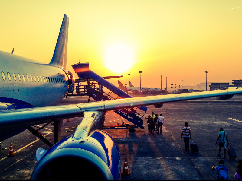 Miles de consumidores siguen sin poder recuperar el dinero de sus reservas de vuelos